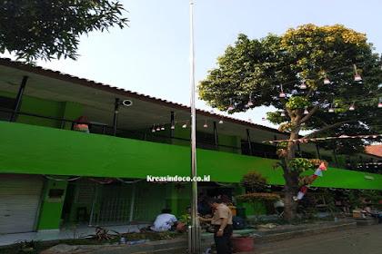 Tiang Bendera Stainless Pemasangan di SMKN13 Rawabelong Palmerah Jakarta Barat