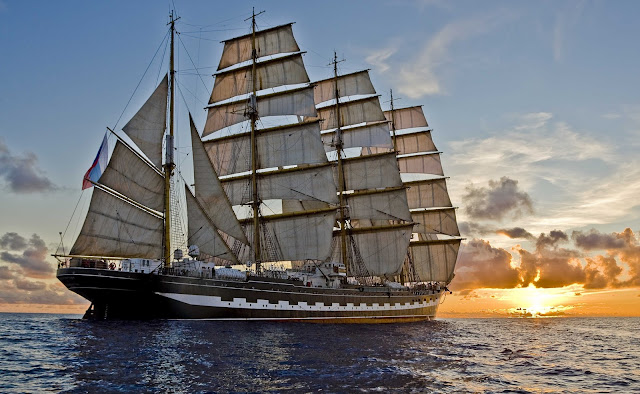 Kapal Layar Tradisional Foto Galeri