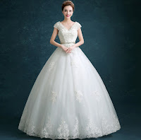 gaun pengantin putih