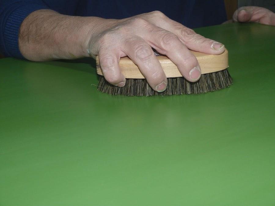 mesa-acero-pintada-pulir