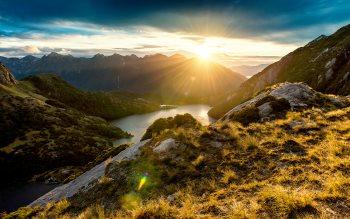 Wallpaper: Spectacular sunrise from Fiordland