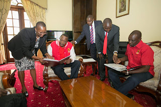 President Kenyatta at IEBC offices in Nairobi. PHOTO | PSCU