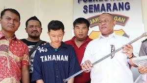 Yuda Pelaku Pembunuhan Pekerja Proyek, Dibekuk Polisi Dirumahnya di Dusun Kayumas Desa Menawan Kecamatan Klambu