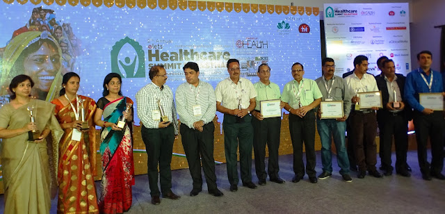 Dr. S C Pareek, MD, BMCHRC and Dr. Prem Singh Lodha, ED, BMCHRC with other awardees