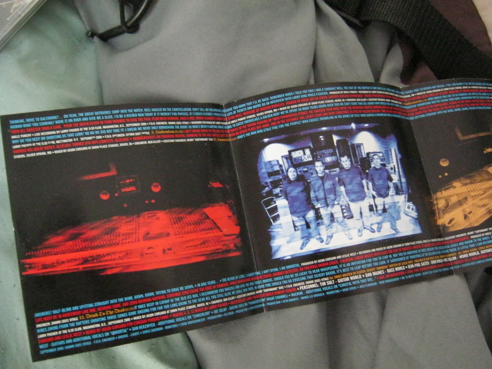 Stuff and Nonsense: Thrift Store Mystery CD Review: Clutch,