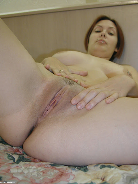 lllllllll Nikmatnya Lihat Tante Yang Sedang Memamerkan Vagina Hot