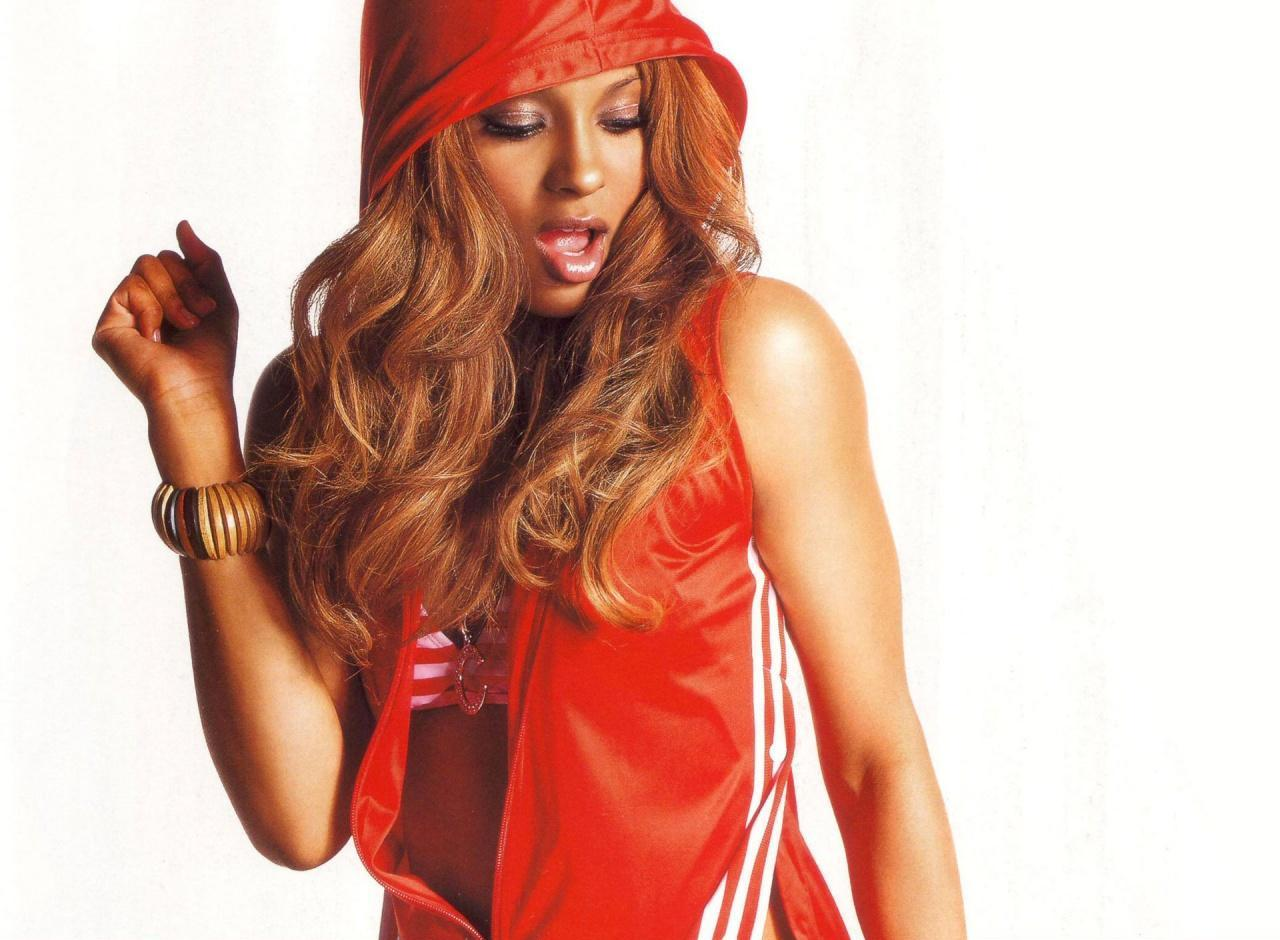 Ciara hot hd wallpapers entertainment exclusive photos - Ciara wallpaper ...