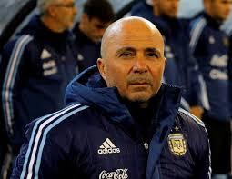 صحيفة كلارين الأرجنتينية: سامباولى زار ميسى فى منزله ببرشلونة
