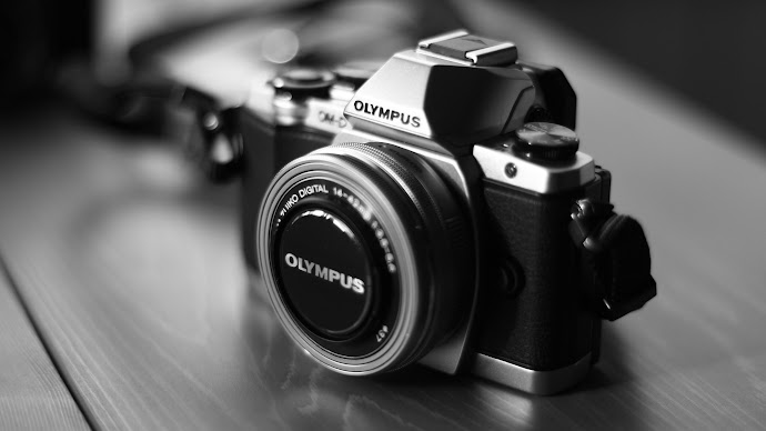 Wallpaper: Olympus Photo Camera