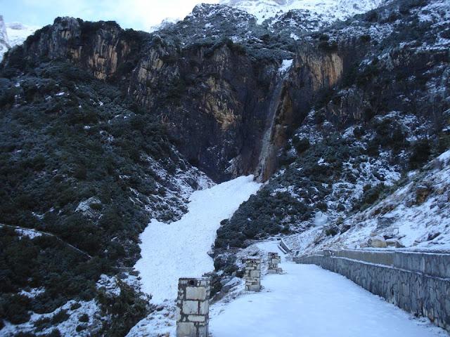 Άρτα: Κ.Τζουμέρκα -Ζημιές Από Την Πτώση Χιονοστιβάδων Στον Καταρράκτη