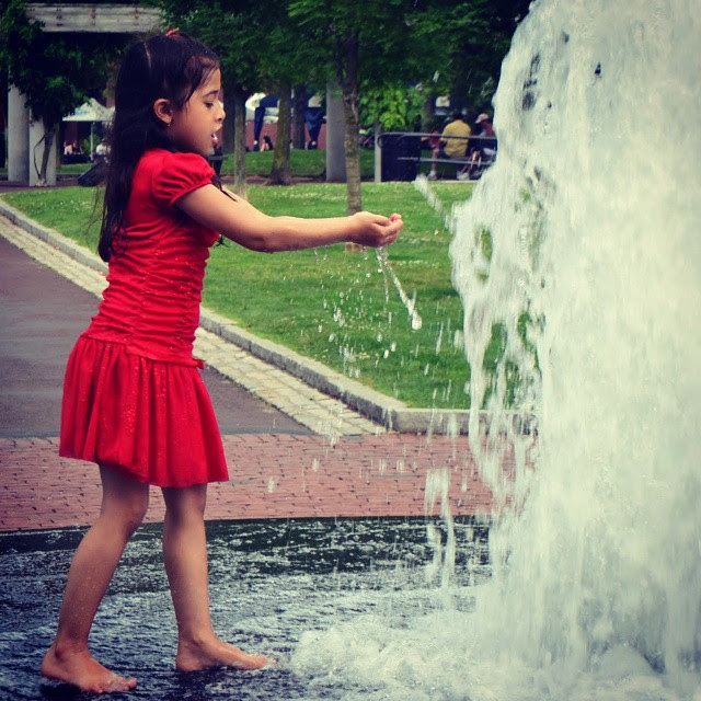 Christopher Columbus Park, Fountain, Boston, Massachusetts, fun