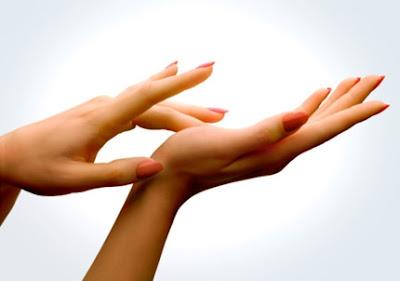 cách làm trắng da tay tự nhiên 5