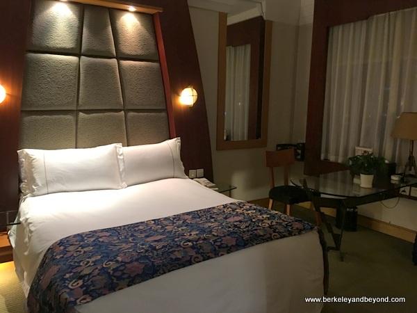 guest room at Tibet Hotel Chengdu in Chengdu, China