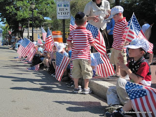 Happy-Memorial-Day-Image-flags