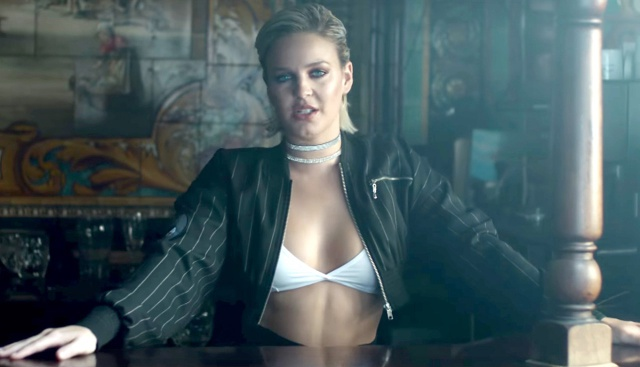 Video: Anne-Marie - 'Rockabye'