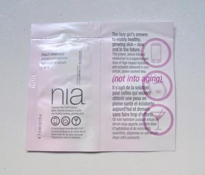 Fully Charged Serum x Moisturizer Hidratante y Suero 2 en 1 NIA