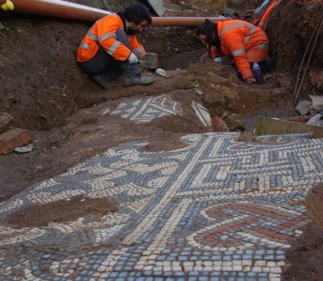 'Spectacular' Roman mosaics found in Leicester to go on display