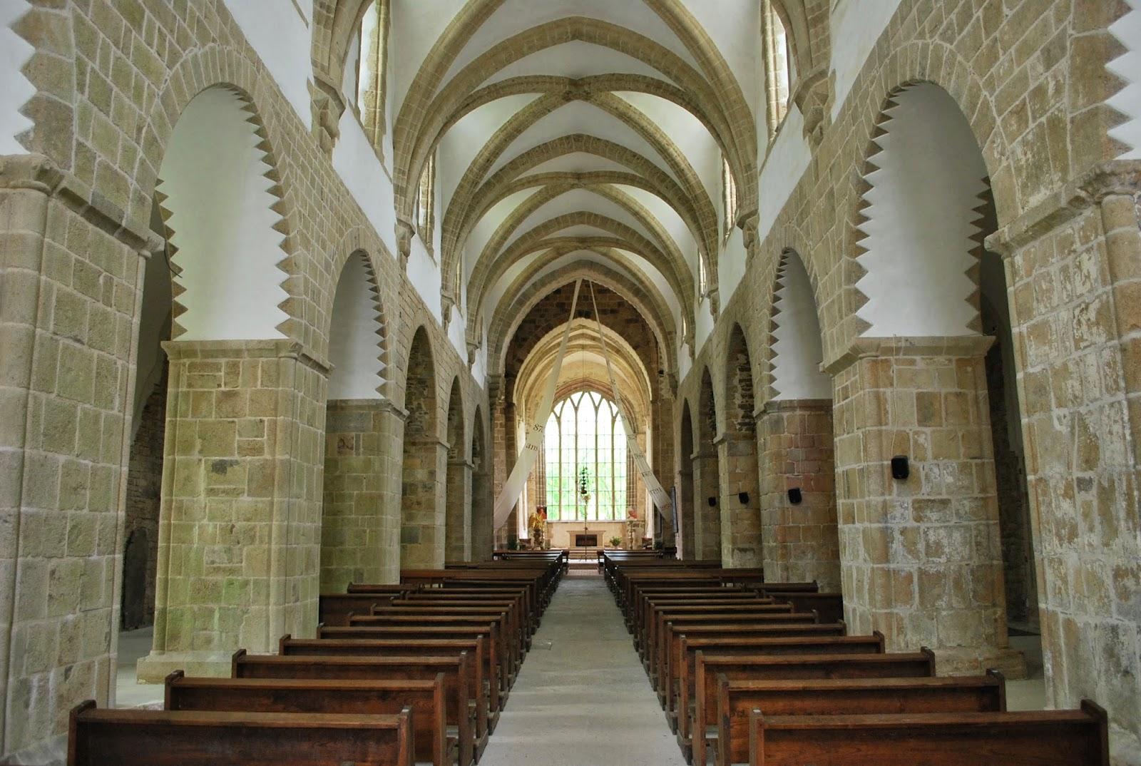 Eglise, intérieur, La Lucerne