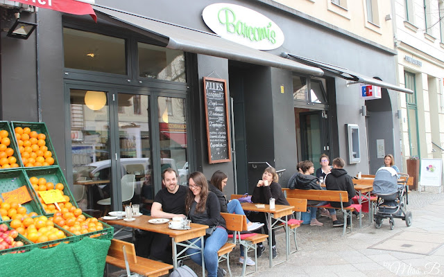 Wir probieren ALLE Kuchen: Unterwegs im Barcomi's in Berlin