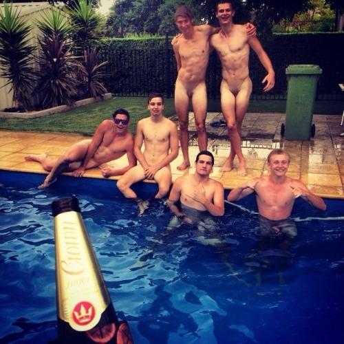 Kristen bell naked spreading her