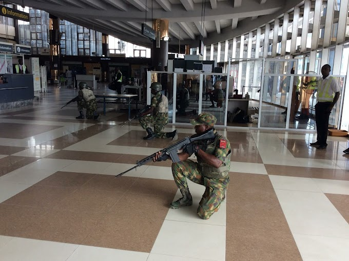 NIGERIAN SOLDIERS THREATEN TO SHOOT DOWN MAIDUGURI AIRPORT
