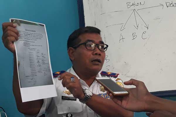 kadishub kabupaten cirebon ancam cabut trayek angkot