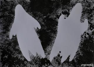 dwa duchy namalowane gąbką