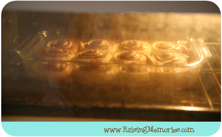 How to Make Cinnabons with Lots of Frosting by www.RaisingMemories.com