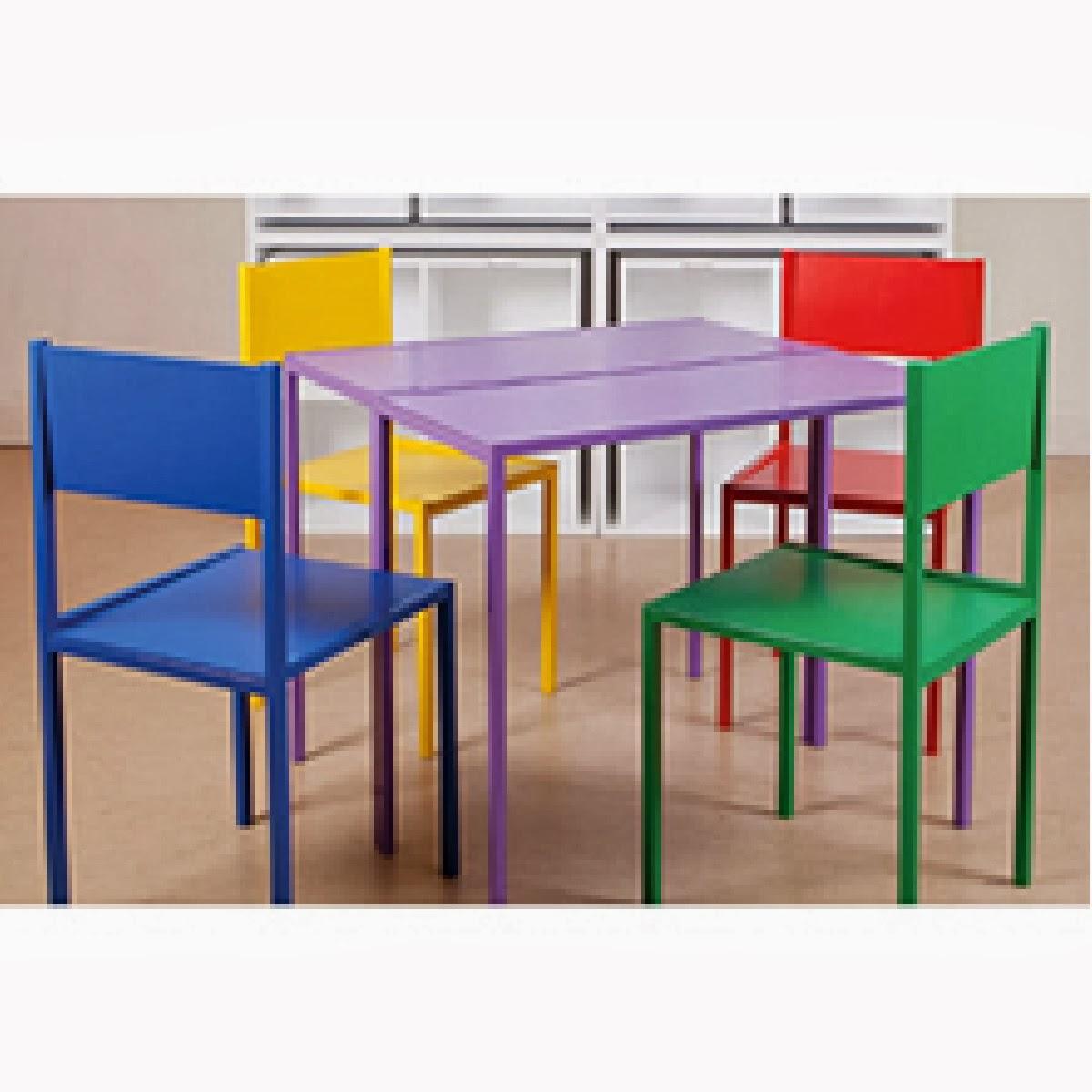 cadeaux 2 ouf id es de cadeaux insolites et originaux des chaises et des tables cach es. Black Bedroom Furniture Sets. Home Design Ideas