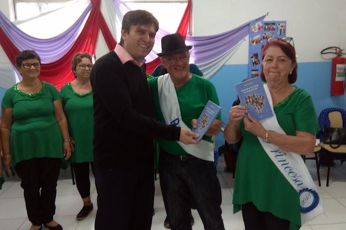 Caderneta de Saúde do Idoso começa a ser distribuída em Cachoeirinha