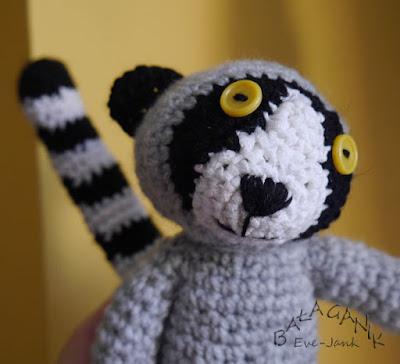 Lemurowy zawrót głowy, zające, ziemniaki i coś.