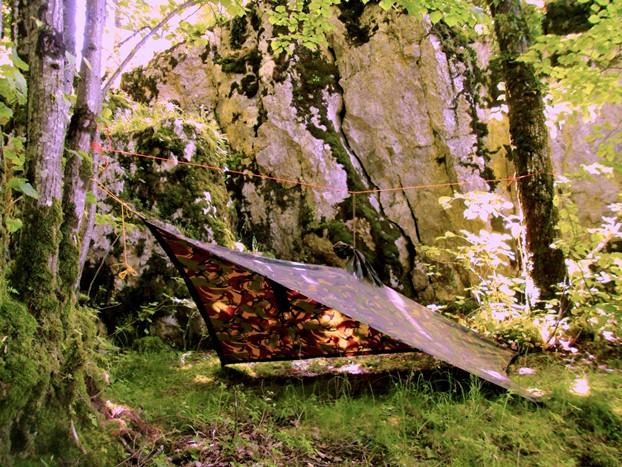 Poncho shelter abris, survie nature forêt