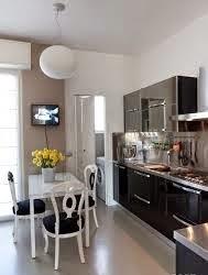 cocina color negro y blanco