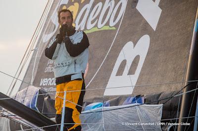 Armel Le Cléach vainqueur du Vendée Globe