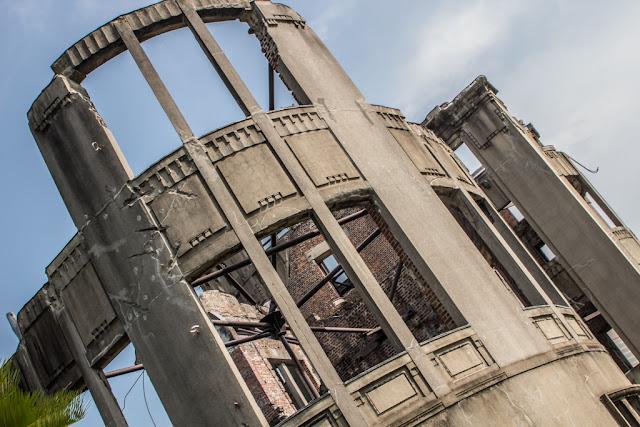 Detalle del Monumento de la Paz de Hiroshima :: Canon EOS1300D | ISO100 | Canon 28-105@28mm | f/10 | 1/100s