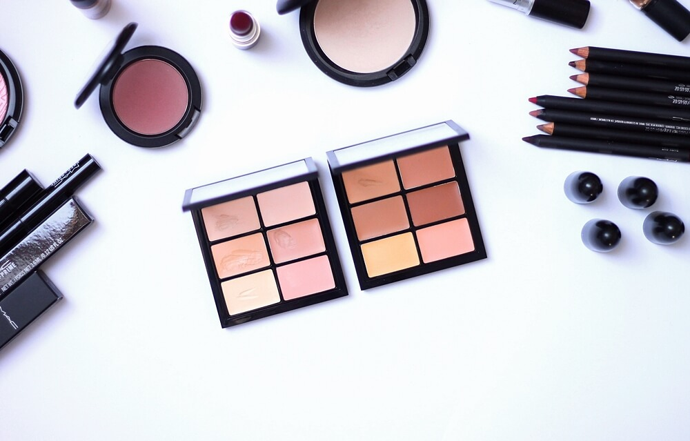 MAC PRO CONCEAL AND CORRECT PALETTE [Light i Medium] review recenzija