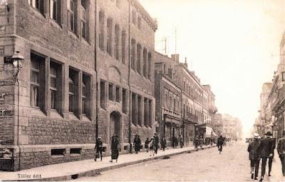 Ecole de filles de la rue centrale (rue Carnot) autour de 1900 (collection musée)