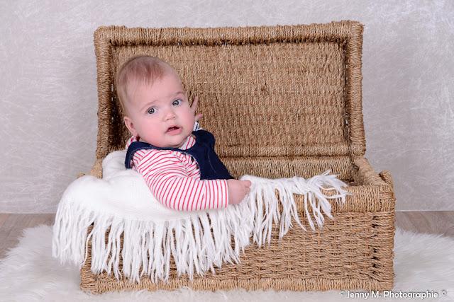 photographe bébé famille vendée 85 la roche sur yon la chaize le vicomte