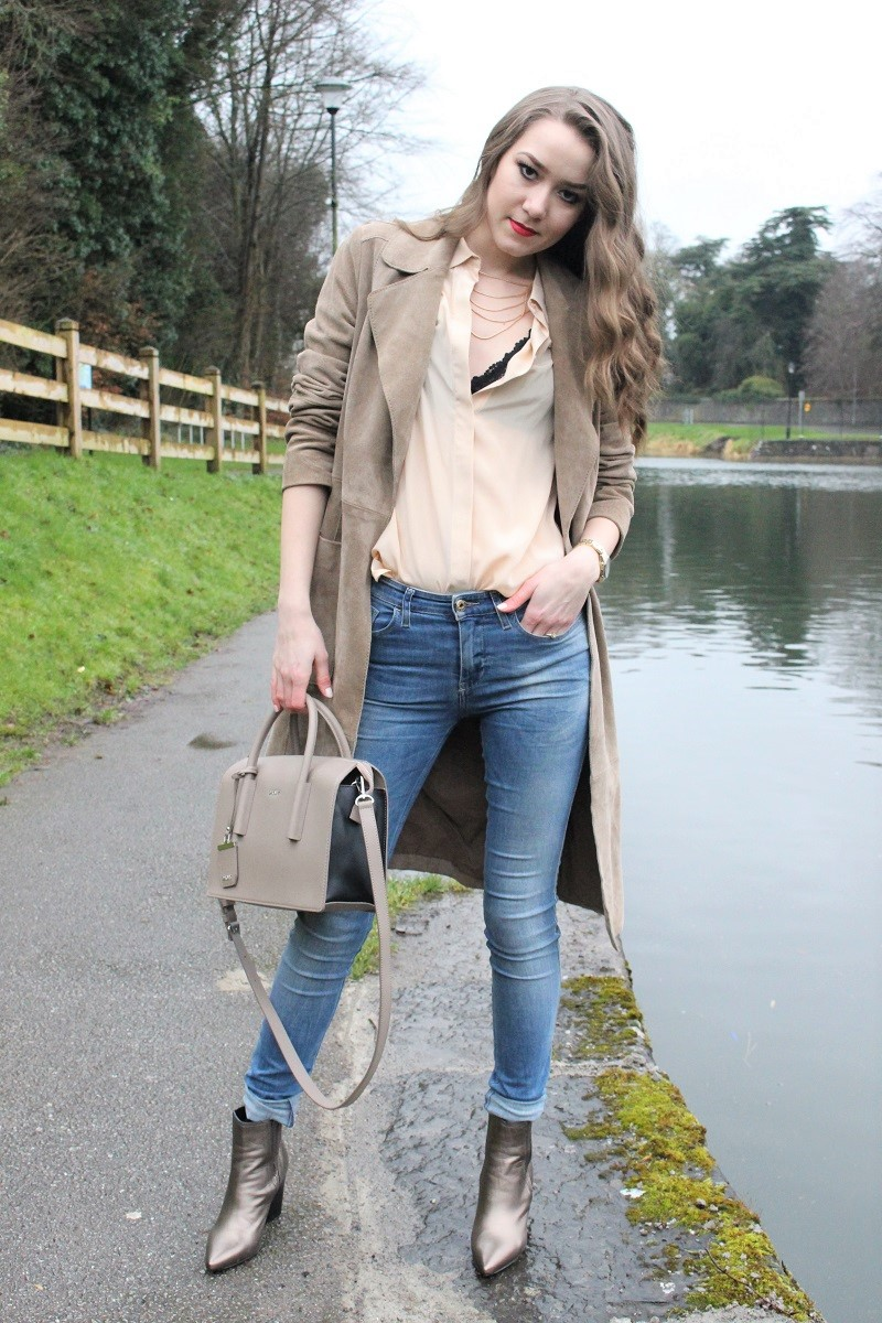 beige tones outfit