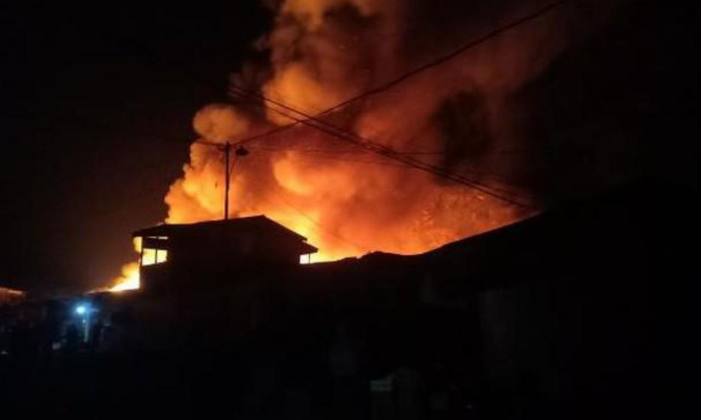 BREAKING NEWS: Pasar Taccipi Ulaweng Kebakaran
