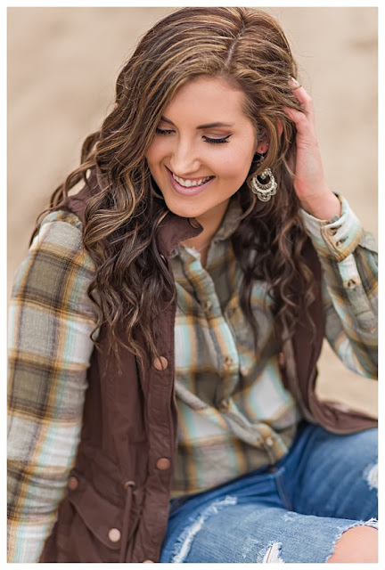 Senior Photo poses for girls