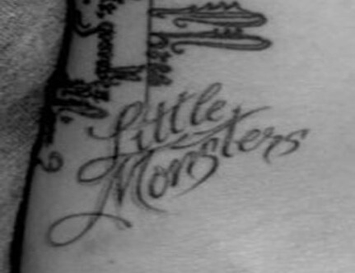 tatuagem lady gaga little monsters