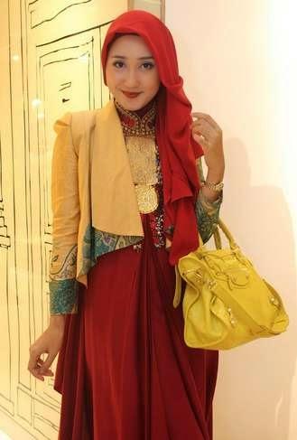 Inspirasi Desain Busana Muslim Dian Pelangi 2015