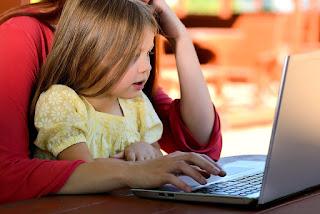 peran bijak orangtua dalam mendampingi anak di era media sosial