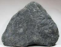 Kenampakan mineral kromit