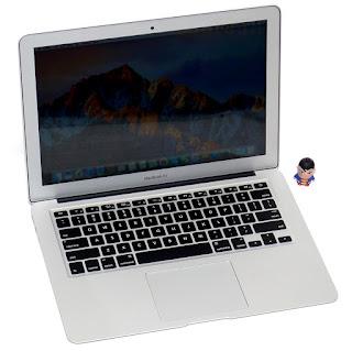 MacBook Air 13 Inchi Intel Core i5 Mid 2011