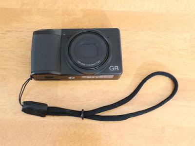 RICOH GR3とGARIZ DD-WSP1 ミラーレスカメラ用リストストラップ ブラック