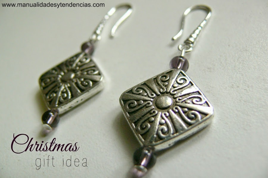 Handmade earrings: Christmas gift idea
