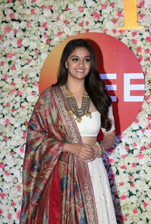 Keerthy Suresh in White Dress with Cute and Lovely Smile in ZEE Telugu Cinema Awards 2