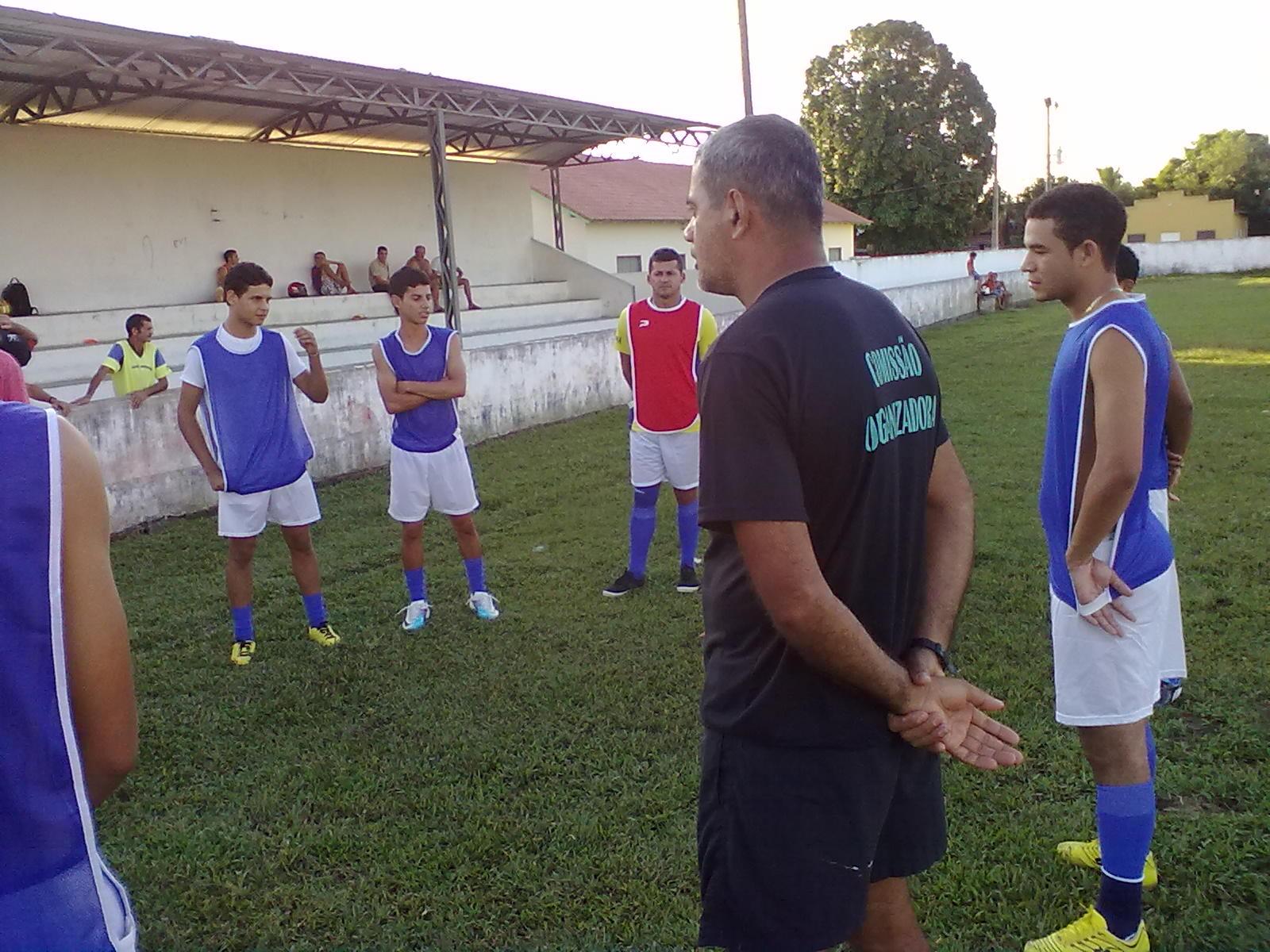 ol Clube    Acriano Futeb 77e43a3971953
